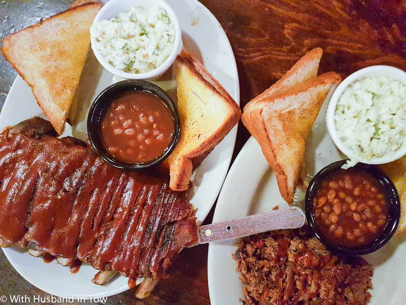 what to do in memphis BBQ
