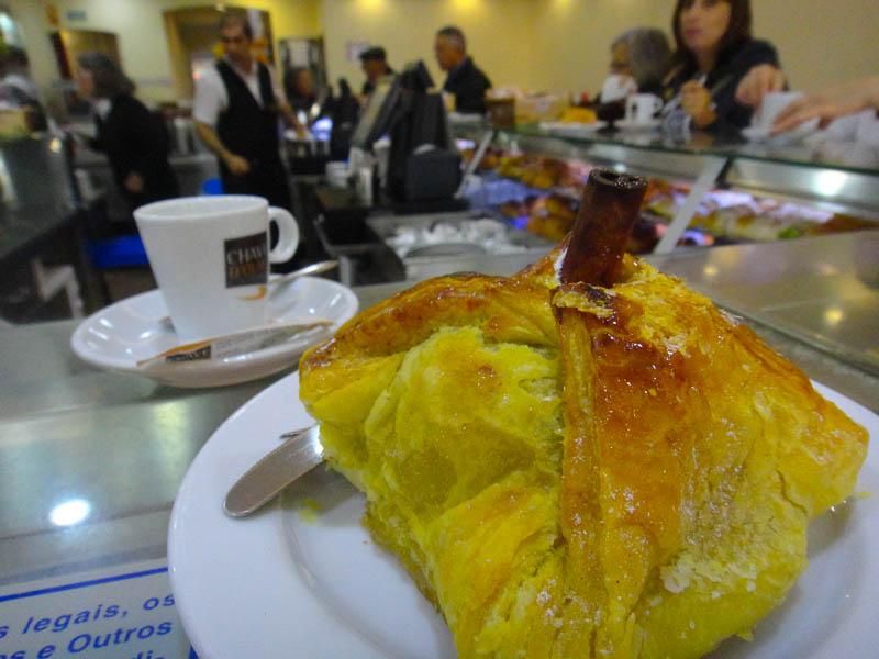 eating in Lisbon