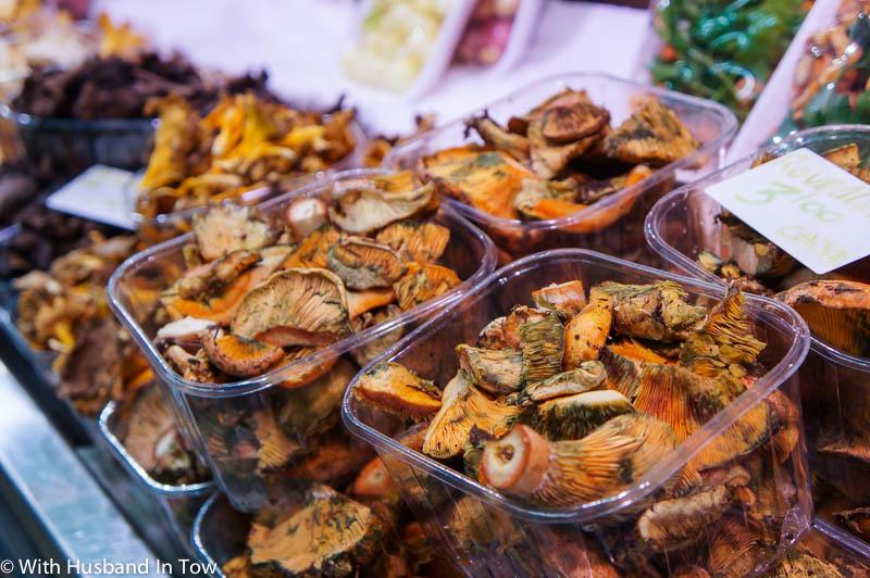 Santa Catarina Market Mushrooms
