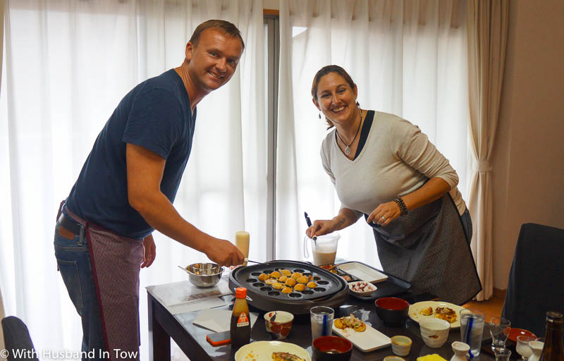 Taking a Osaka cooking class