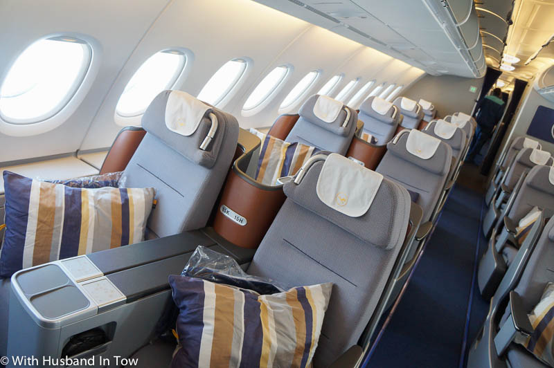lufthansa business class airbus a380 beijing to frankfurt. Black Bedroom Furniture Sets. Home Design Ideas