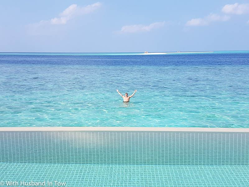 What is there to do in the Maldives when staying in overwater bungalow