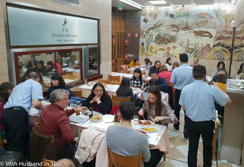 Cervejaria Ramiro Restaurante Dining Room