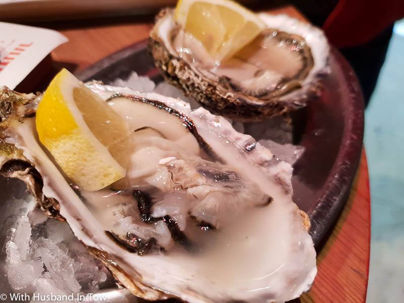 Valencian seafood and Valencian oysters