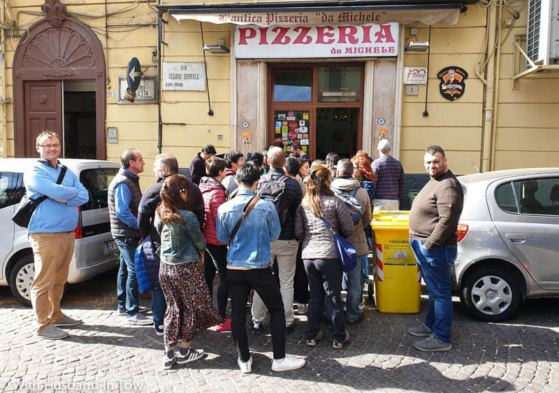 pizza da michele naples