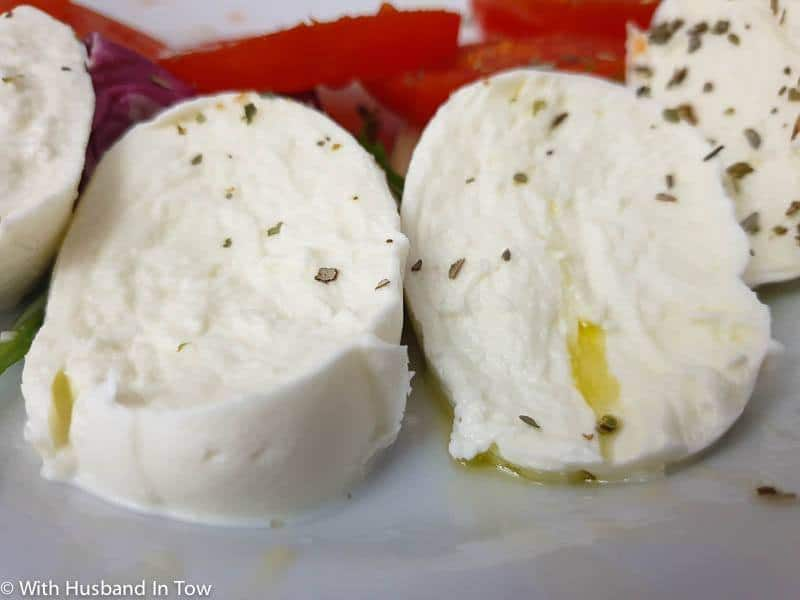 what to eat in napoli - buffalo mozzarella DOP