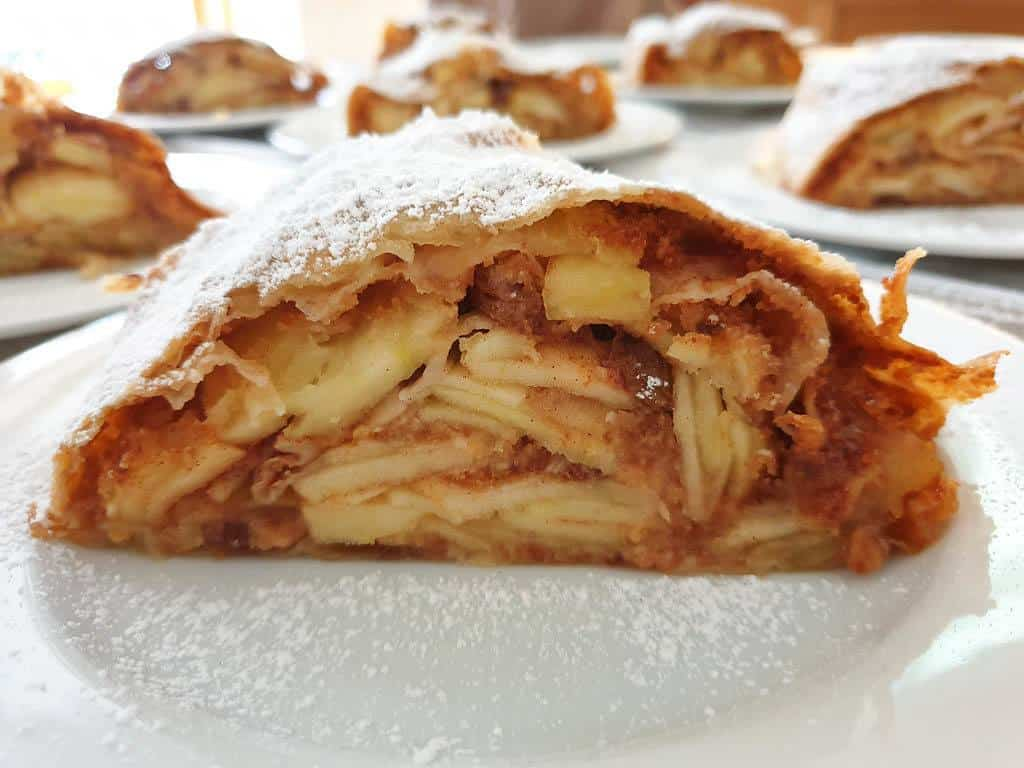 appel strudel in Vienna