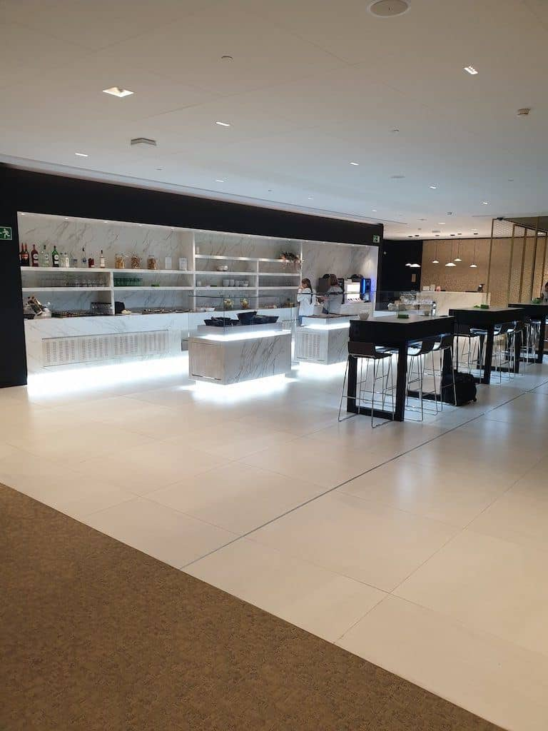 Priority Pass Lounge Review - Barcelona